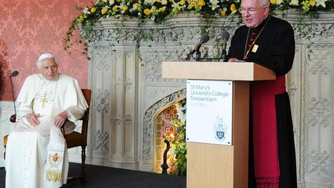 Archbishop Kelly welcomes the Pope to the Interreligious Gathering