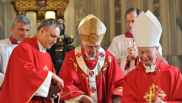 Bishop Regan's Welcome to Pope Benedict from the People of Wales