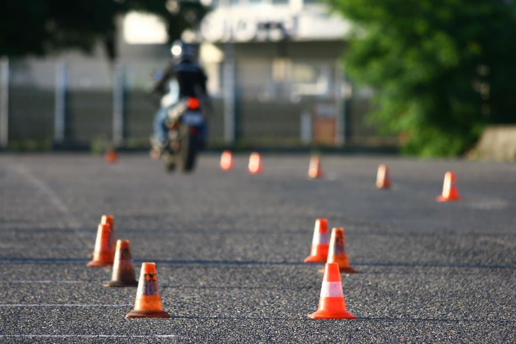 Piste moto examen plateau permis moto FAMILY PERMIS