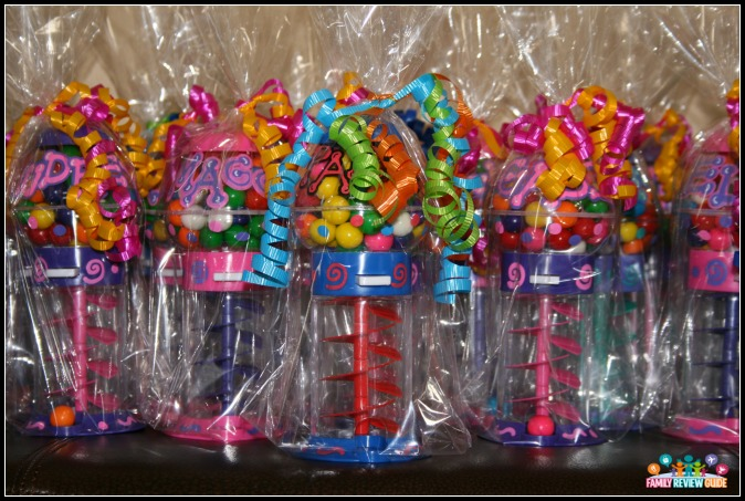 personalized party favors and gifts family review guide