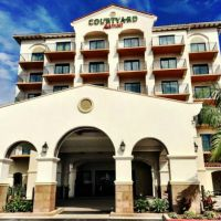 Review Of Courtyard Anaheim Theme Park Entrance Hotel & Waterpark