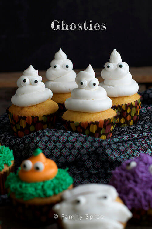 Little Ghostie Halloween Cupcakes by FamilySpice.com