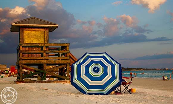 Siesta Beach lifeguard stand