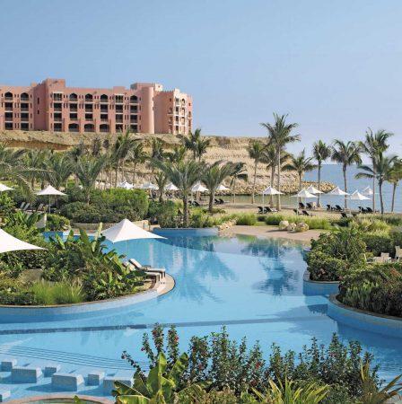 luxury oman family hotels