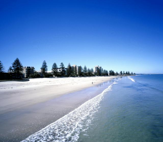 Glenelg Beach.png