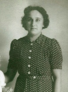 PatMat Grandmother, Edna
