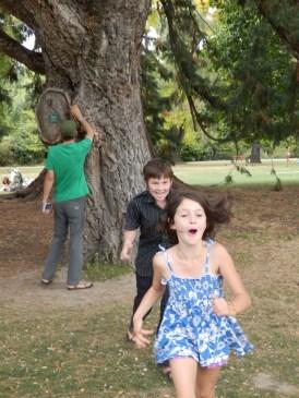 I explain about cork oak, the children are not so attentive