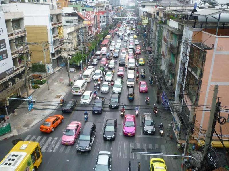bangkok traffico di taxi