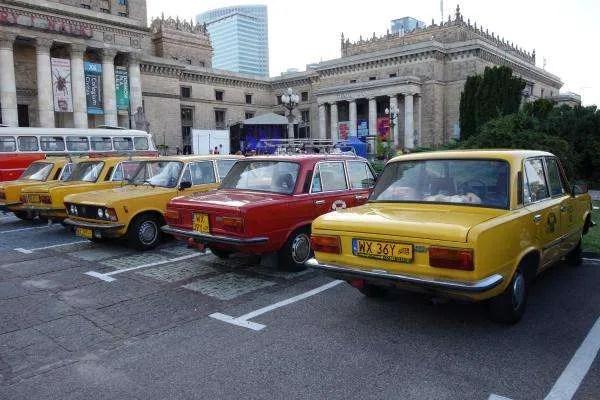 Varsavia automobili retrò