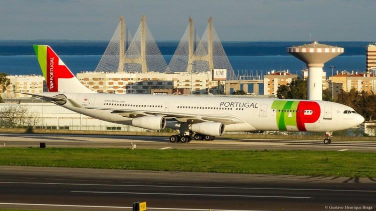 TAP A340 all'aeroporto di Lisbona LIS