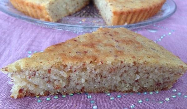 Gâteau moelleux à l'amande.