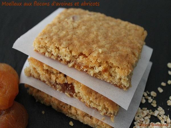 Moelleux aux flocons d'avoines et abricots.