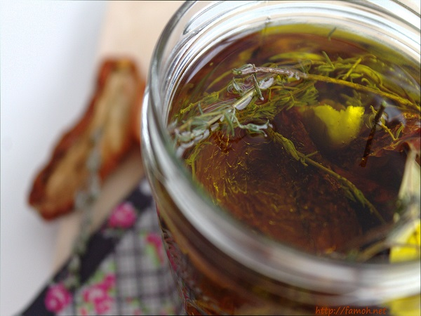 Tomates séchées à l'huile d'olive.