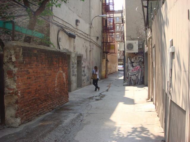 20070907-les-freeman-alley-04.jpg