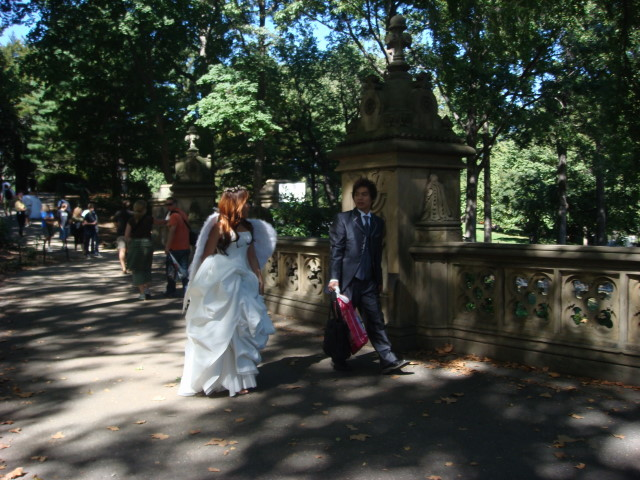 20070923-central-park-39-bride-and-groom.jpg