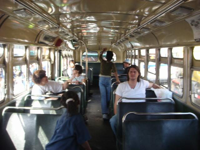 20070930-atlantic-ave-street-fair-27-transit-museum-jackie-gleason-bus-interior.jpg