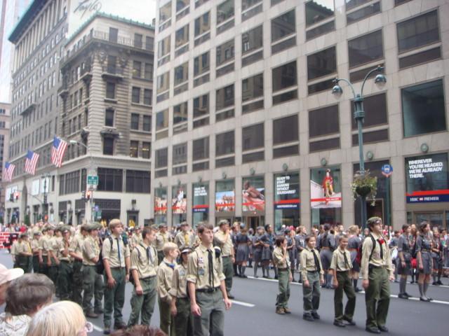 20071007-pulaski-parade-10-polish-scouts.jpg