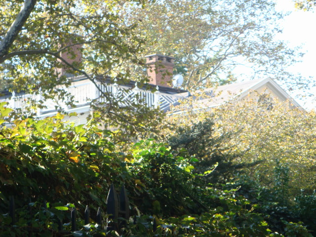 20071104-gracie-mansion-12-view-from-north-side.jpg