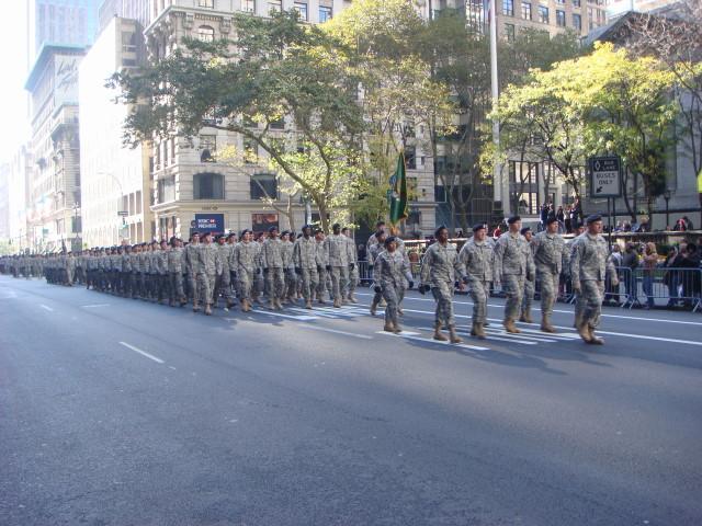 20071111-veterans-day-parade-54-rrc.jpg