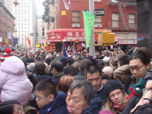 20080210-chinatown-parade-10-crowd.jpg