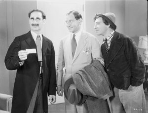 Groucho, hotel manager Donald MacBride, and Chico in Room Service