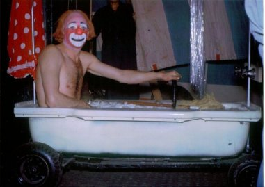 Michael Polakovs Coco in his motorized bathtub