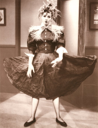 Lucille Ball gets starched in the I Love Lucy episode, Bonus Bucks