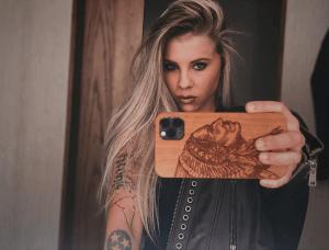 Katie Noel Selfie
