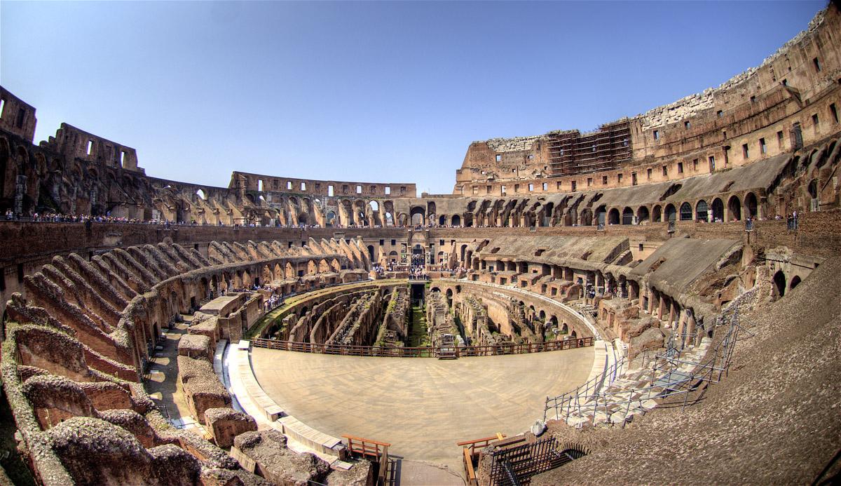 Inside Colleseum Roman