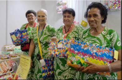 Fijiian women who are converting trash to cash