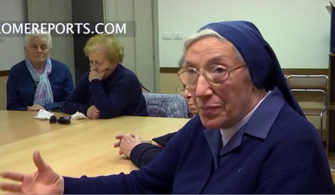 How do Daughters of Charity help elderly in Rome?