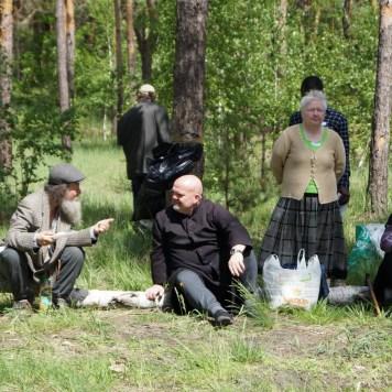 picnic homeless 25