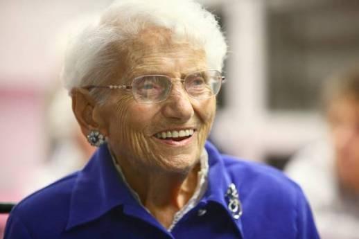 Una Dama de la Caridad de 103 años, y aún en activo
