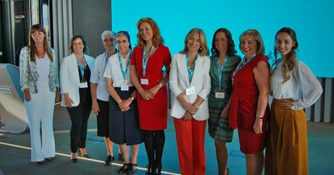 Premio de Honor a las Hijas de la Caridad por su contribución al bienestar social en Madrid
