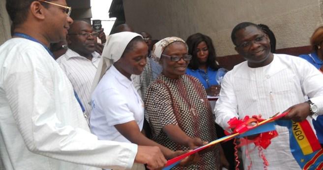 Apertura de nuevo centro de capacitación para madres jóvenes en Kinshasa