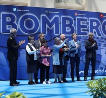 Hijas-Caridad-premiadas-por-Cuerpo-Bomberos-Madrid-4