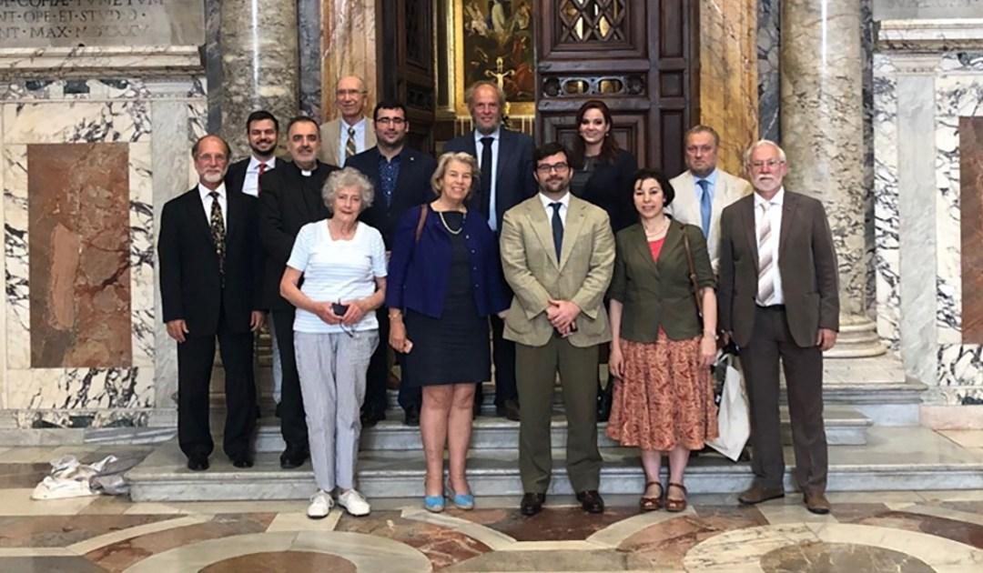 Una representante de AIC participa en un encuentro del Foro de las ONGs de inspiración católica en Roma