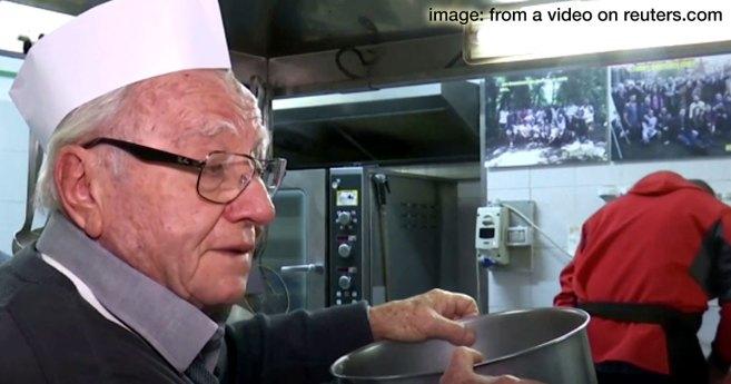 El «Chef de los pobres» alimenta a los sin techo de Italia