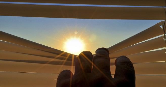 Mirando al sol (poema)