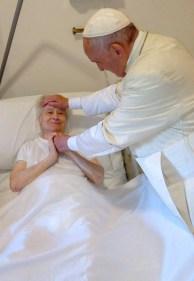 visita papa regina mundi 7