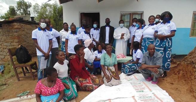 Répondre à la réalité des bidonvilles au Malawi, une maison à la fois!
