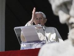 Benedykt XVI ogłosił rezygnację z Urzędu
