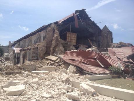 Cyklon Phailin w Indiach i trzęsienie ziemi na Filipinach – Rodzina Wincentyńska w potrzebie