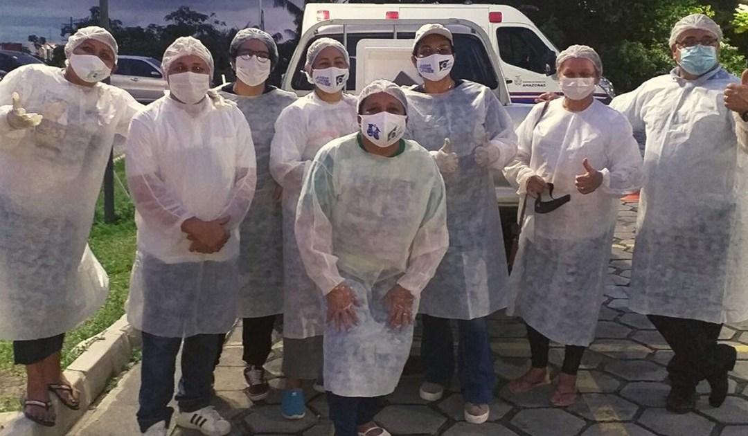Projeto Doutores da Caridade leva ajuda a familiares de pacientes com Covid-19 em Manaus (Brasil)