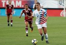 USA beats Mexico 4-1