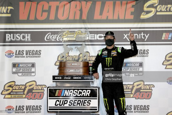 Kurt Busch hits jackpot by winning the NASCAR Cup Series South Point 400 on Sunday at his home track of Las Vegas Motor Speedway.