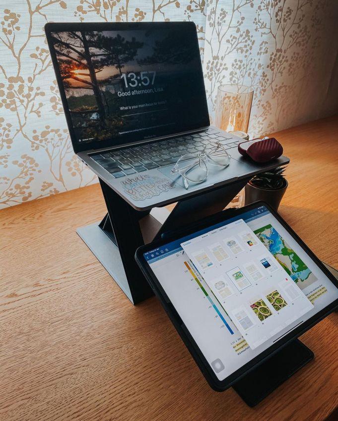 Moft Z laptop stand