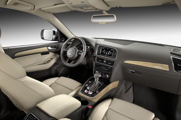 Interieur Audi Q5 by Audi - Fanaticar