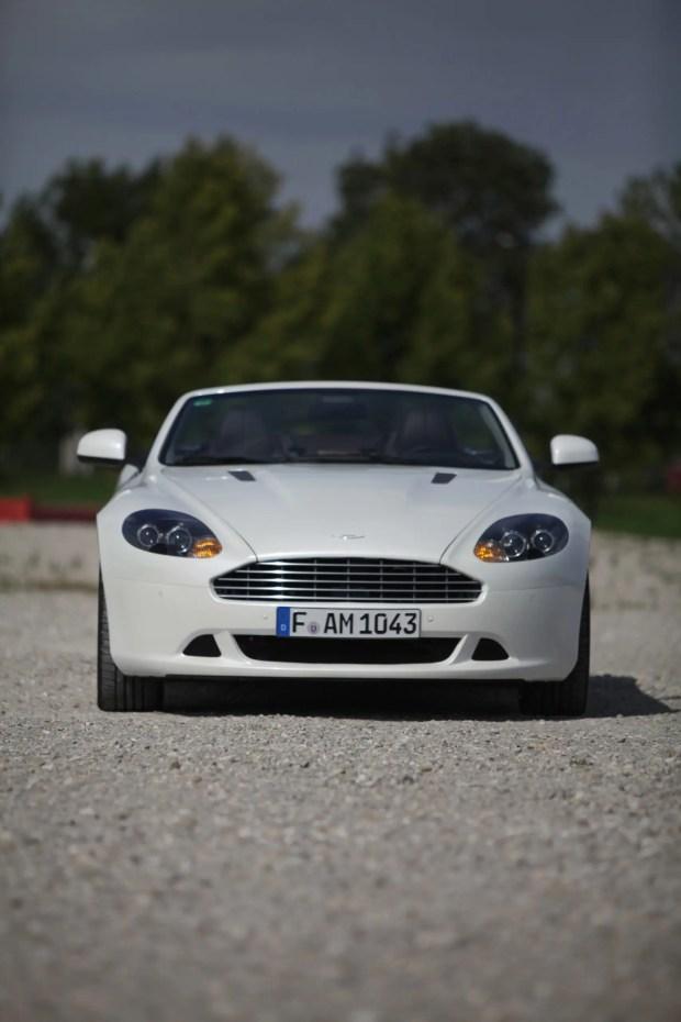 Aston Martin DB9 - Fanaticar Magazin