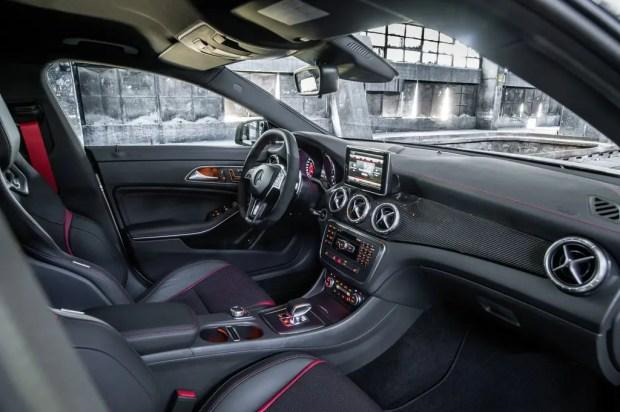 2013 Mercedes-Benz CLA 45 AMG - Fanaticar Magazin